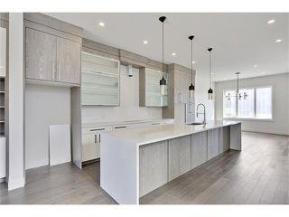 Photo 5: 2615 33 Street SW in Calgary: Killarney/Glengarry House for sale : MLS®# C4030535