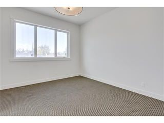 Photo 17: 2615 33 Street SW in Calgary: Killarney/Glengarry House for sale : MLS®# C4030535