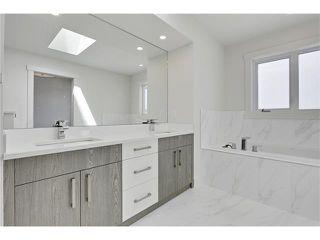 Photo 21: 2615 33 Street SW in Calgary: Killarney/Glengarry House for sale : MLS®# C4030535