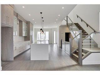 Photo 9: 2615 33 Street SW in Calgary: Killarney/Glengarry House for sale : MLS®# C4030535