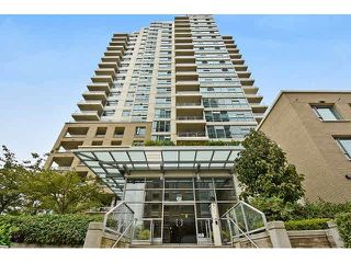 "Photo 1: 202 125 MILROSS Avenue in Vancouver: Mount Pleasant VE Condo for sale in ""CREEKSIDE"" (Vancouver East)  : MLS®# V1142300"