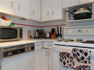 Photo 8: 225 Renfrew Street in WINNIPEG: River Heights / Tuxedo / Linden Woods Residential for sale (South Winnipeg)  : MLS®# 1526469