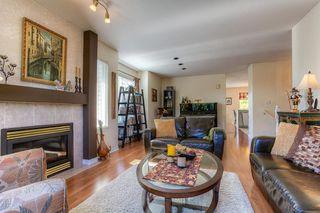 Photo 2: 11441 240 Street in Maple Ridge: Cottonwood MR House for sale : MLS®# R2005271