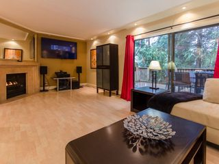 """Photo 5: 1098 PREMIER Street in North Vancouver: Lynnmour Townhouse for sale in """"Lynnmour Village"""" : MLS®# R2031349"""