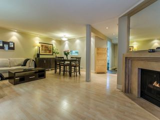 """Photo 1: 1098 PREMIER Street in North Vancouver: Lynnmour Townhouse for sale in """"Lynnmour Village"""" : MLS®# R2031349"""