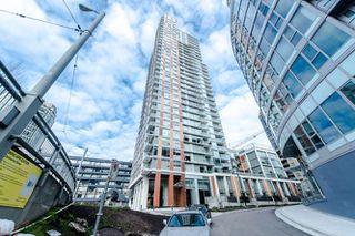 """Photo 1: 2207 1351 CONTINENTAL Street in Vancouver: Downtown VW Condo for sale in """"MADDOX"""" (Vancouver West)  : MLS®# R2040078"""
