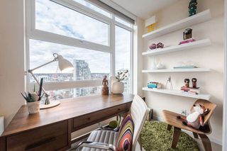 """Photo 14: 2207 1351 CONTINENTAL Street in Vancouver: Downtown VW Condo for sale in """"MADDOX"""" (Vancouver West)  : MLS®# R2040078"""