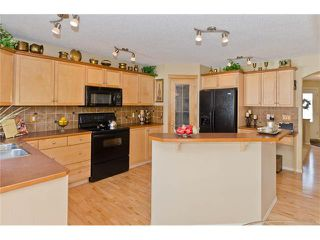 Photo 12: 87 WENTWORTH Circle SW in Calgary: West Springs House for sale : MLS®# C4055717