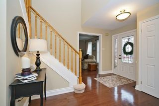 Photo 2: 60 Lumsden Crest in Whitby: Pringle Creek House (2-Storey) for sale : MLS®# E3450077