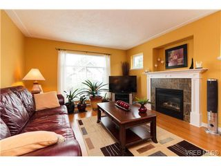 Photo 2: 2737 Cornerstone Terr in VICTORIA: La Mill Hill Single Family Detached for sale (Langford)  : MLS®# 730247