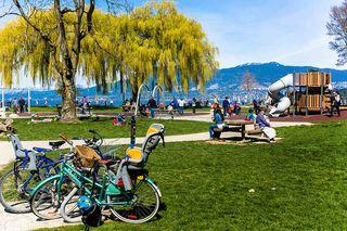 "Photo 16: 308 1950 W 8TH Avenue in Vancouver: Kitsilano Condo for sale in ""MARQUIS MANOR"" (Vancouver West)  : MLS®# R2067324"