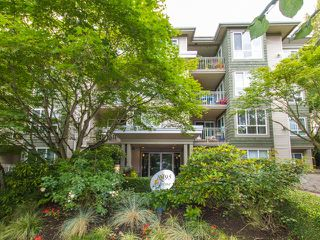 "Main Photo: 208 8495 JELLICOE Street in Vancouver: Fraserview VE Condo for sale in ""RIVERGATE"" (Vancouver East)  : MLS®# R2092203"