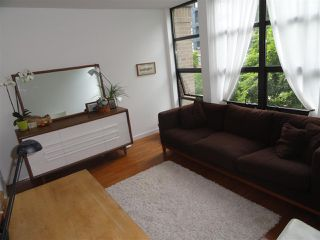 "Photo 2: 302 2226 W 12TH Avenue in Vancouver: Kitsilano Condo for sale in ""DESEO"" (Vancouver West)  : MLS®# R2093014"