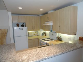 "Photo 11: 302 2226 W 12TH Avenue in Vancouver: Kitsilano Condo for sale in ""DESEO"" (Vancouver West)  : MLS®# R2093014"