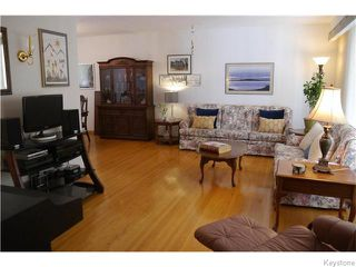 Photo 2: 14 Macalester Bay in Winnipeg: Fort Richmond Residential for sale (1K)  : MLS®# 1625516