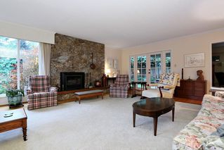 "Photo 2: 754 BLUERIDGE Avenue in North Vancouver: Canyon Heights NV House for sale in ""CANYON HEIGHTS"" : MLS®# R2121180"