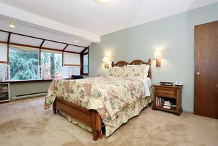 "Photo 12: 754 BLUERIDGE Avenue in North Vancouver: Canyon Heights NV House for sale in ""CANYON HEIGHTS"" : MLS®# R2121180"