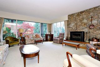 "Photo 3: 754 BLUERIDGE Avenue in North Vancouver: Canyon Heights NV House for sale in ""CANYON HEIGHTS"" : MLS®# R2121180"