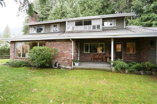 "Photo 1: 754 BLUERIDGE Avenue in North Vancouver: Canyon Heights NV House for sale in ""CANYON HEIGHTS"" : MLS®# R2121180"