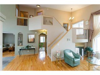 Photo 2: 38 WOODSTONE Drive in East St Paul: Pritchard Farm Residential for sale (3P)  : MLS®# 1629846
