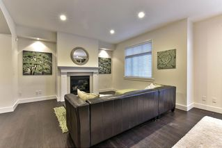 """Photo 3: 13 15885 26TH Avenue in Surrey: Grandview Surrey Townhouse for sale in """"Skylands"""" (South Surrey White Rock)  : MLS®# R2135580"""