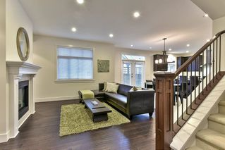 """Photo 2: 13 15885 26TH Avenue in Surrey: Grandview Surrey Townhouse for sale in """"Skylands"""" (South Surrey White Rock)  : MLS®# R2135580"""