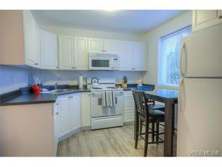 Photo 10: 934 Green Street in VICTORIA: Vi Central Park Single Family Detached for sale (Victoria)  : MLS®# 373929