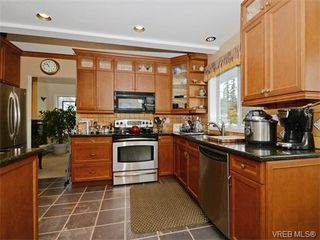 Photo 10: 388 Crystalview Terrace in VICTORIA: La Atkins Single Family Detached for sale (Langford)  : MLS®# 374503