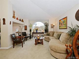 Photo 4: 388 Crystalview Terrace in VICTORIA: La Atkins Single Family Detached for sale (Langford)  : MLS®# 374503