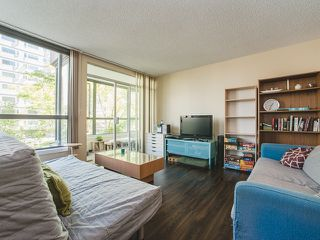 "Photo 3: 302 1265 BARCLAY Street in Vancouver: West End VW Condo for sale in ""Dorchester Tower"" (Vancouver West)  : MLS®# R2184517"