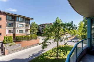 "Photo 15: 303 8871 LANSDOWNE Road in Richmond: Brighouse Condo for sale in ""CENTRE POINT"" : MLS®# R2188223"