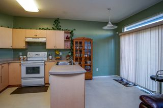 Photo 10: 6736 184 STREET in Surrey: Cloverdale BC House 1/2 Duplex for sale (Cloverdale)  : MLS®# R2180255