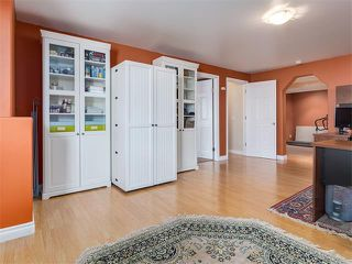 Photo 33: 57 ROCKBLUFF PL NW in Calgary: Rocky Ridge House for sale : MLS®# C4113823