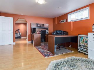 Photo 34: 57 ROCKBLUFF PL NW in Calgary: Rocky Ridge House for sale : MLS®# C4113823