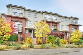 "Photo 1: 2818 WATSON Street in Vancouver: Mount Pleasant VE Townhouse for sale in ""DOMAIN"" (Vancouver East)  : MLS®# R2216367"