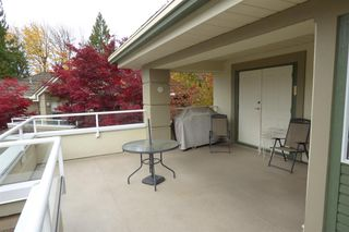 "Photo 8: 42 4001 OLD CLAYBURN Road in Abbotsford: Abbotsford East Townhouse for sale in ""The Ellwood"" : MLS®# R2220448"