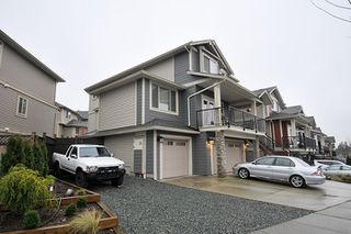 Photo 2: 10572 ROBERTSON Street in Maple Ridge: Albion House for sale : MLS®# R2238484