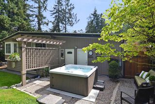 """Photo 8: 33303 PLAXTON Crescent in Abbotsford: Central Abbotsford House for sale in """"MILL LAKE"""" : MLS®# R2261575"""
