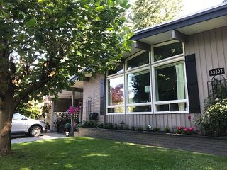 """Photo 1: 33303 PLAXTON Crescent in Abbotsford: Central Abbotsford House for sale in """"MILL LAKE"""" : MLS®# R2261575"""