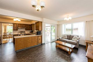 Photo 8: 1651 GILES Place in Burnaby: Sperling-Duthie House for sale (Burnaby North)  : MLS®# R2271119