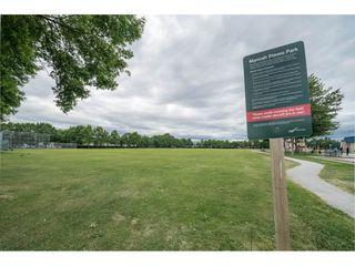 "Photo 16: 111 3451 SPRINGFIELD Drive in Richmond: Steveston North Condo for sale in ""Admiral Court"" : MLS®# R2275006"