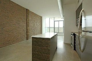 Photo 2: 722 510 E King Street in Toronto: Moss Park Condo for sale (Toronto C08)  : MLS®# C4156323