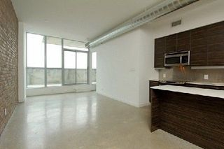 Photo 3: 722 510 E King Street in Toronto: Moss Park Condo for sale (Toronto C08)  : MLS®# C4156323