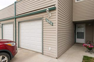 Main Photo: 16934 109 ST in Edmonton: Zone 27 Townhouse for sale : MLS®# E4118751