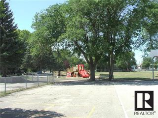 Photo 19: 11 Elkhorn Street in Winnipeg: Brooklands Residential for sale (5D)  : MLS®# 1819314