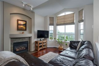 Photo 2: 2907 KEETS Drive in Coquitlam: Ranch Park House for sale : MLS®# R2301071