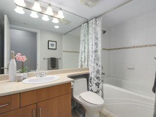 """Photo 14: 1304 295 GUILDFORD Way in Port Moody: North Shore Pt Moody Condo for sale in """"BENTLEY"""" : MLS®# R2305378"""