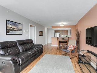 """Photo 5: 1304 295 GUILDFORD Way in Port Moody: North Shore Pt Moody Condo for sale in """"BENTLEY"""" : MLS®# R2305378"""