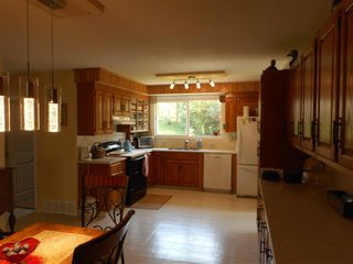 Photo 3: 233 Thunder Lake Drive: Thunder Lake House for sale : MLS®# E4131589