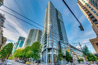 "Main Photo: 2306 233 ROBSON Street in Vancouver: Downtown VW Condo for sale in ""TV TOWERS 2"" (Vancouver West)  : MLS®# R2324386"